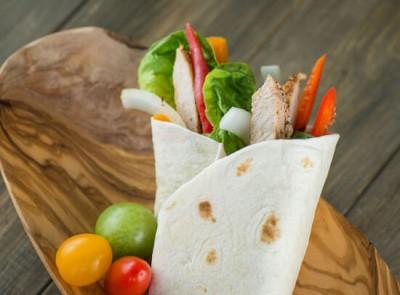 550x410-16-Fresh-Veggie-Flour-Wrap