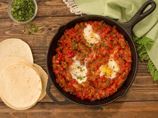 550x410_classic chorizo and eggs breakfast