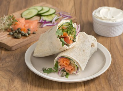 550x410_Salmon Deli Wrap hr